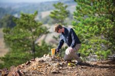 Detecting Lead in Soil—XRF Reveals Long-Lasting Soil Contamination from Paint and Gasoline